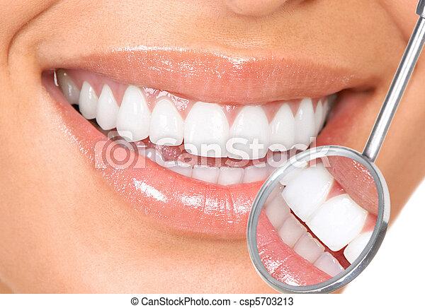 牙齒 - csp5703213