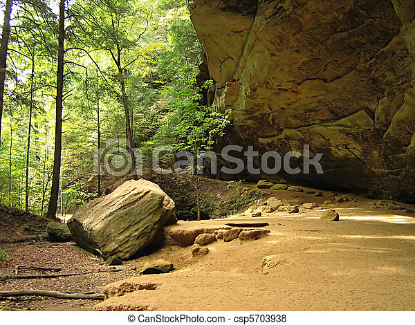 Ash Cave Hocking Hills Ohio - csp5703938
