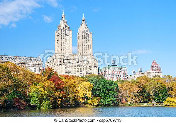 New York City Manhattan Central Park - csp5709713