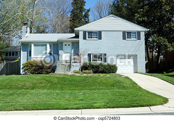 Split Level Single Family House, Suburban Maryland, USA - csp5724803