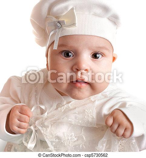 stock foto von wenig 3 monate baby girl angezogene in wei es klage csp5730562. Black Bedroom Furniture Sets. Home Design Ideas