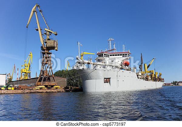 Dredging ship - csp5773197