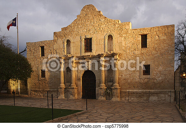 The Alamo Blazing in the Light. - csp5775998