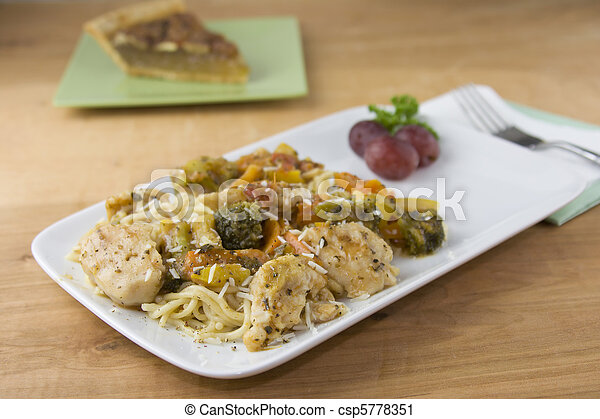 chicken vermicelli diagonal - csp5778351