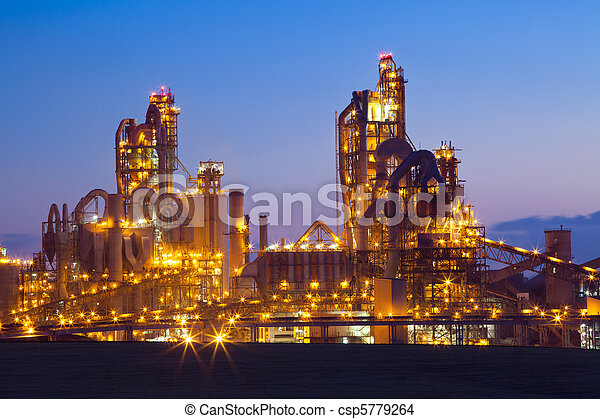 Factory / Chemical Plant At Sunset - csp5779264