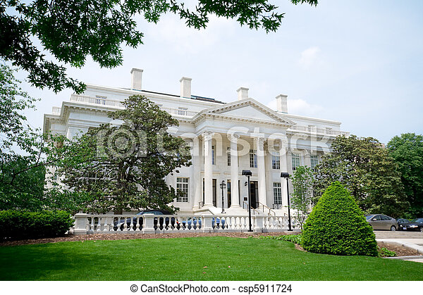 Federal Office Building Neoclassical Style DC USA - csp5911724