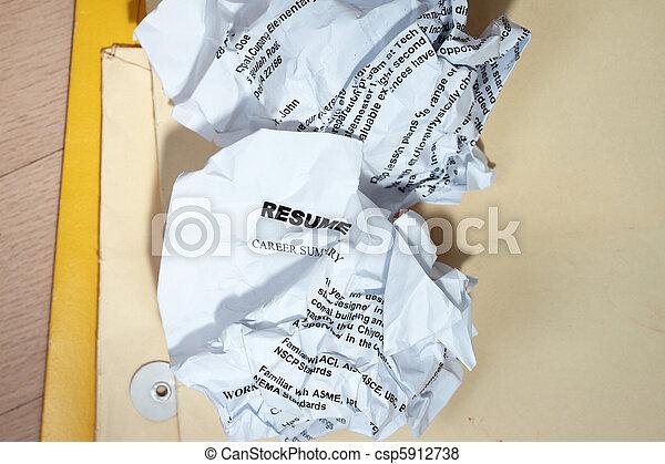 Resumes crumpled - csp5912738