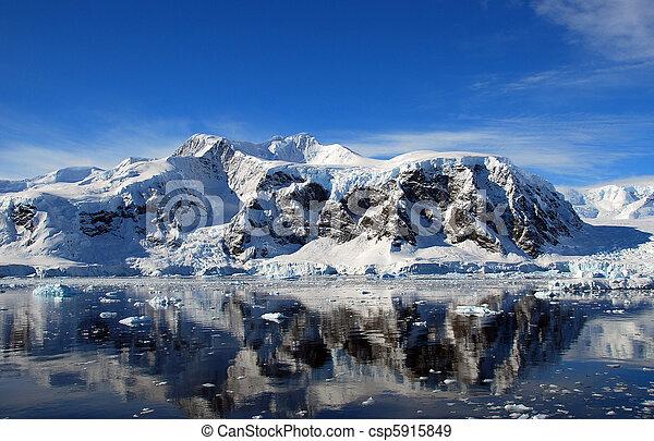 mainland antarctica - csp5915849