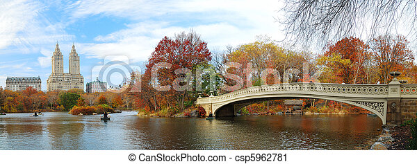 New York City Manhattan Central Park panorama at Autumn - csp5962781