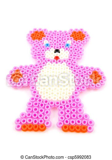 bead arts in shape of bear - csp5992083