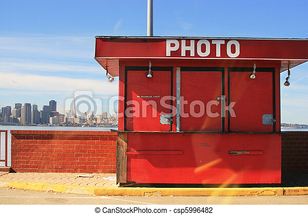 Photo bungalow. San Francisco, California, USA - csp5996482