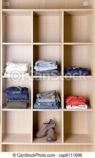 Prateleiras para guarda roupa