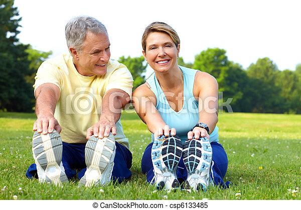 seniors fitness - csp6133485
