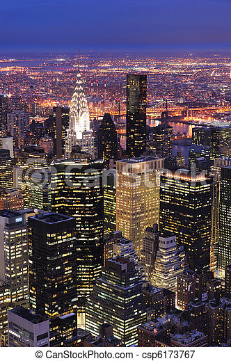 New York City Manhattan skyline aerial view at dusk - csp6173767