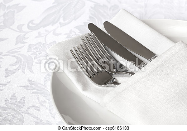 White Linen Place Setting - csp6186133