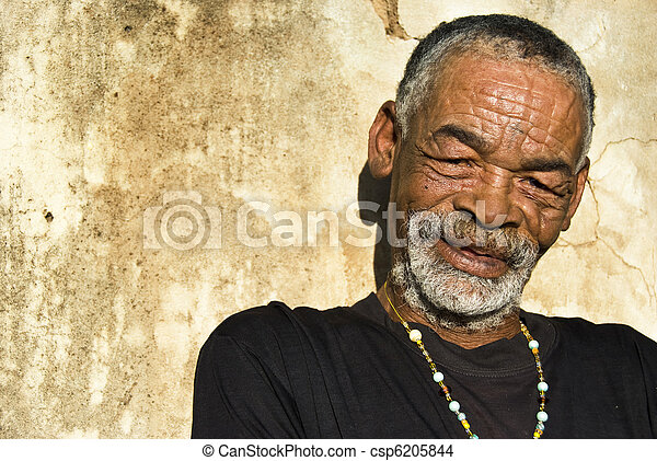 viejo, africano, negro, hombre, characterful, cara - csp6205844