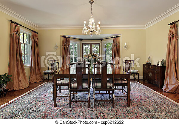 Dining room with doors to patio - csp6212632