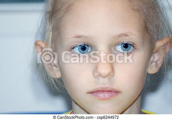 sick child - csp6244972
