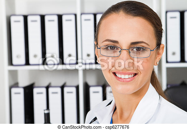 lab technician in laboratory - csp6277676