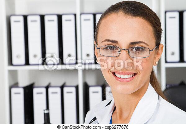 lab technician in laboratory - csp6277676