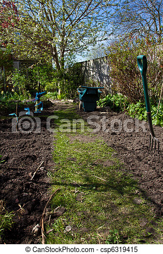 urban veg patch - csp6319415