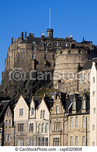 Edinburgh Castle and Grassmarket - csp6320808