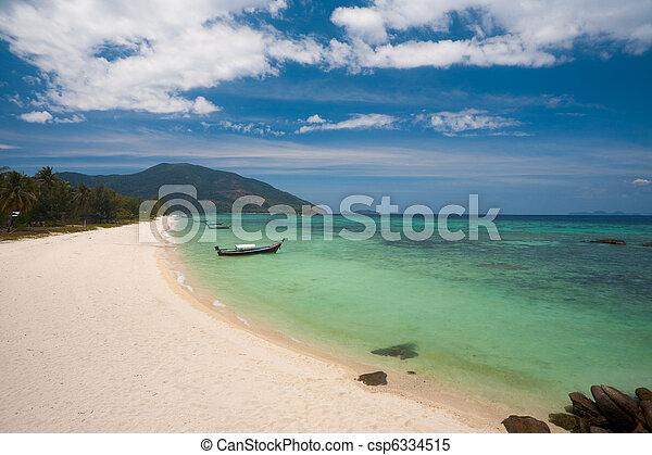 Koh Lipe Island Thailand Before Tourism - csp6334515