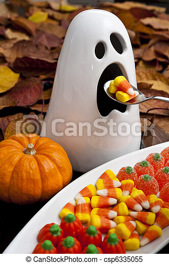 Hungry Halloween Ghost - csp6335055