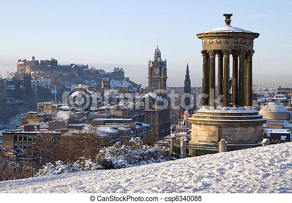 Edinburgh Winter Cityscape - csp6340088