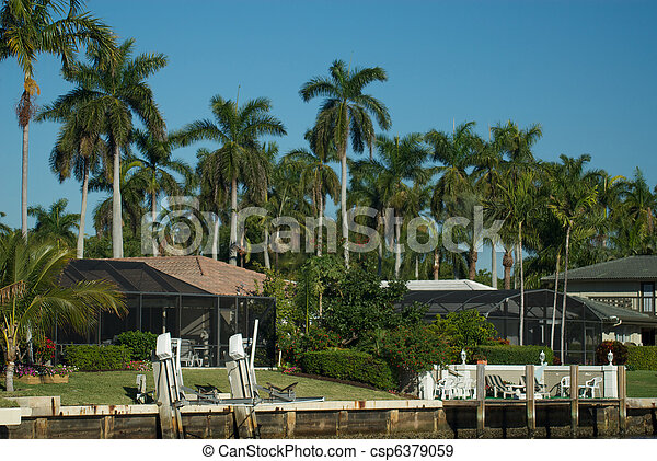 Florida home on the intercoastal waterway, Boca Raton Florida. - csp6379059