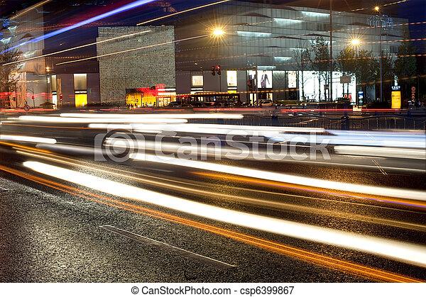 de alta velocidad, vehículos, en, urbano, caminos - csp6399867