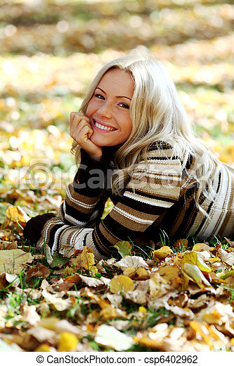 otoño, mujer - csp6402962