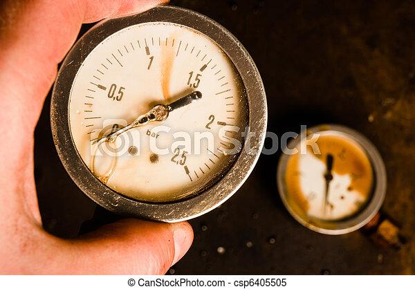 Gas meter in hand - csp6405505