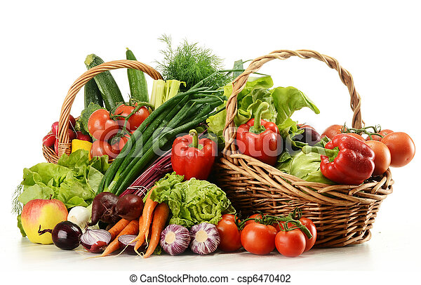 Composition with raw vegetables and wicker basket - csp6470402