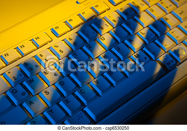 Keyboard and shadow. Data theft. - csp6530250