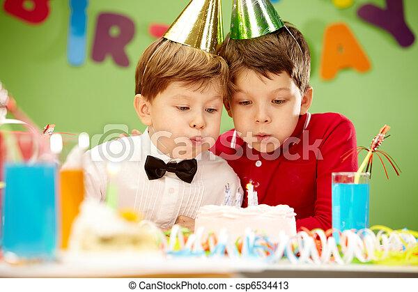 生日, 慶祝 - csp6534413