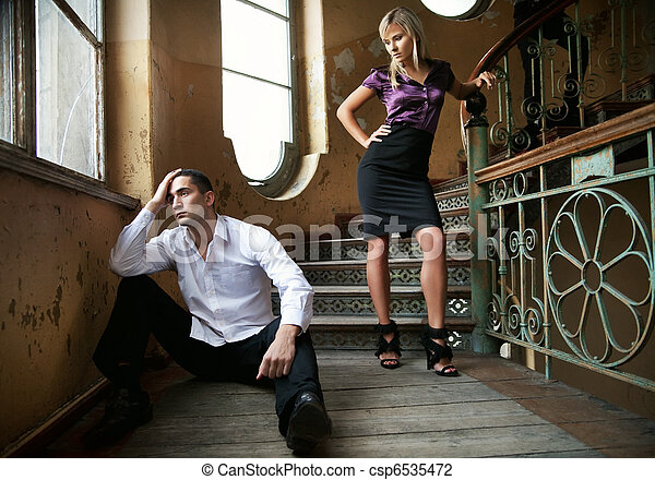 Young couple in separation - csp6535472