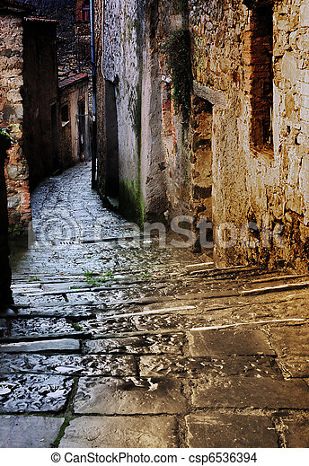 tuscan alley at night - csp6536394