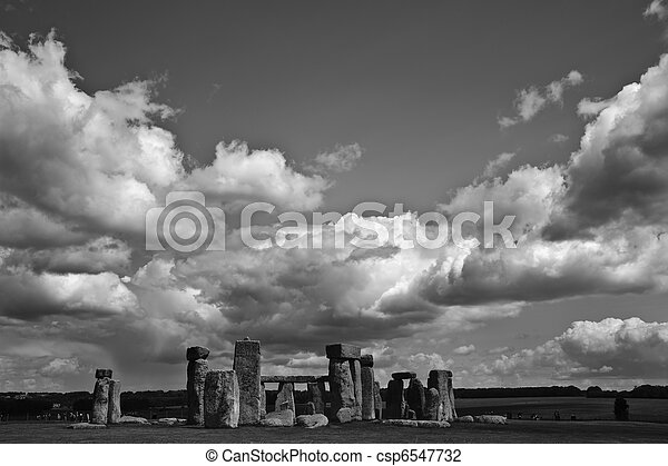 Stonehenge is aligned with the midsummer sunrise and midwinter sunset in England to celebrate the solstice.  - csp6547732
