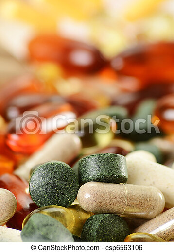 Composition with dietary supplement capsules and tablets. Spirul - csp6563106