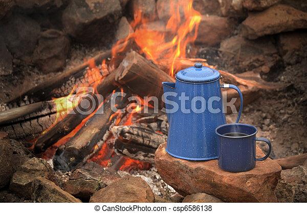 Campfire - csp6586138