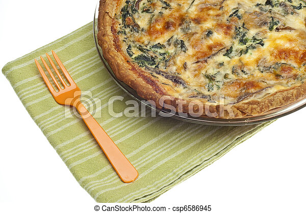 Spinach, Mushroom and Shallot Quiche - csp6586945