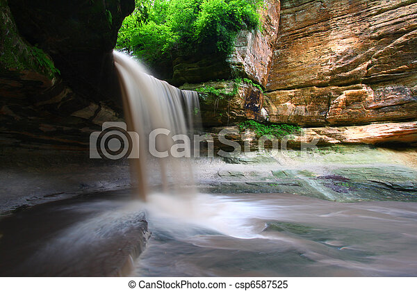 Starved Rock State Park - Illinois - csp6587525