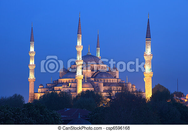 The famous Sultan Ahmed Mosque (Blue Mosque) in Istanbul, Turkey - csp6596168