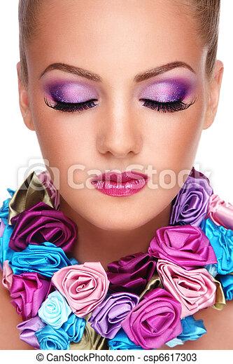 Violet make-up - csp6617303