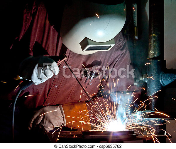 stick welding - csp6635762
