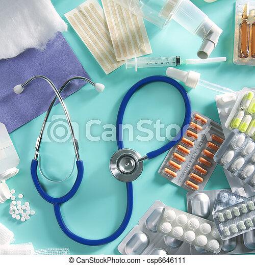 blister medical pills pharmaceutical stuff stethoscope - csp6646111