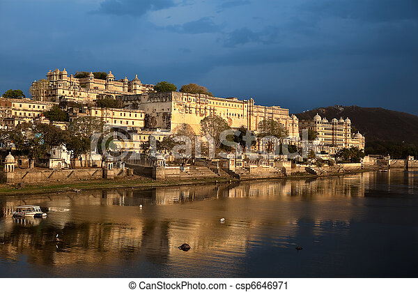 view of the lake of Udaipur in rajasthan state in india - csp6646971