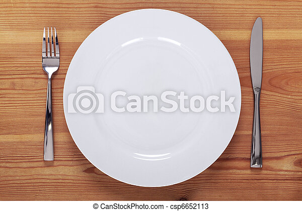 White plate setting - csp6652113