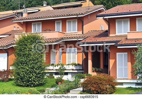 Stock im genes de italiano casas adosadas estilo - Casas de estilo italiano ...